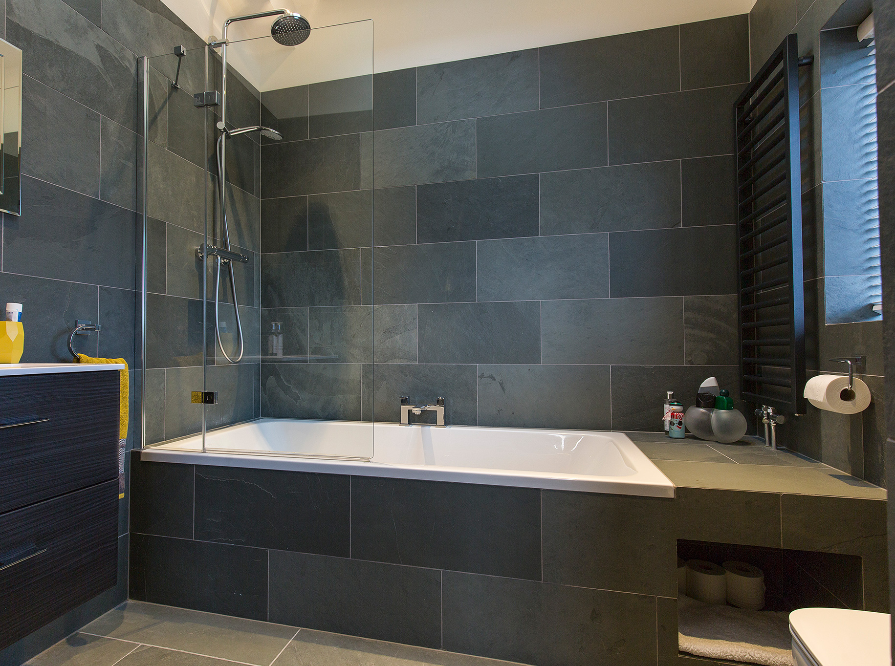 Higher Blaithwaite Barn - Master bathroom